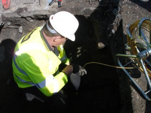 Testing-condition-of-old-service-pipe