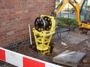 Excavator-mounted-Kobus-Pipe-Puller-KPP400